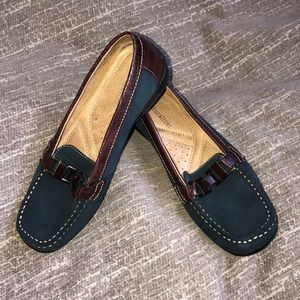 Naturalizer Loafers Navy Suede & Brown Croc Sz. 6